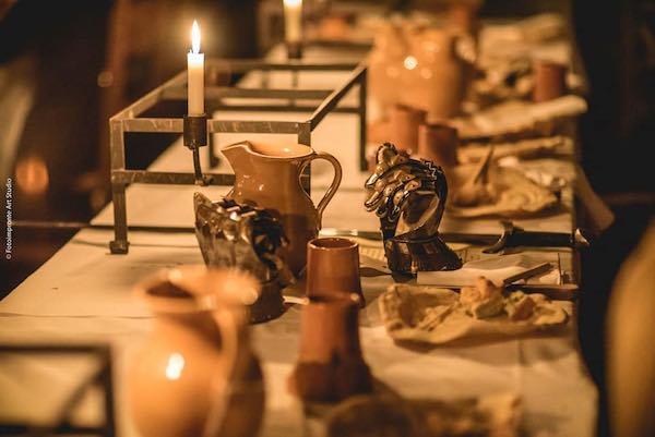 """""""Castello di Fuoco"""". Visita guidata, cena medievale e spettacolo"""