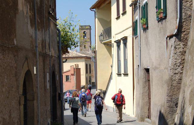 Scoprendo Lubriano, visite guidate alla più bella terrazza sulla Valle dei Calanchi