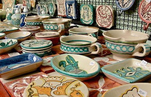 """""""Le Vie della Ceramica"""". Quattro Comuni firmano il patto per il rilancio del settore"""