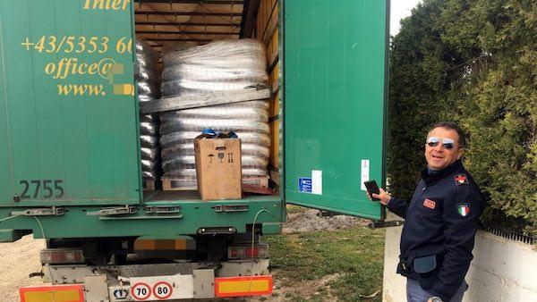 Recuperato un carico di pellet rubato a un'azienda di Bari