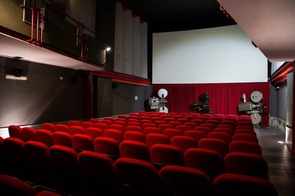 """""""Il Cinema ad Acquapendente"""". Un proiettore, due incontri e tanta storia"""