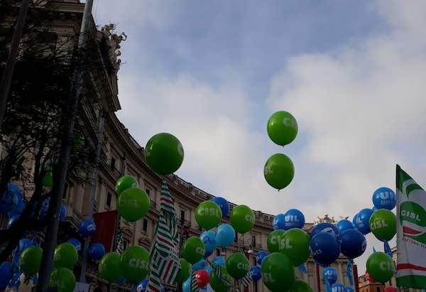 I lavoratori delle costruzioni scioperano e manifestano a Roma