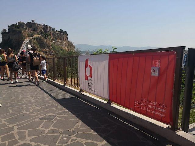 """""""Civita luogo del pensare"""", in piazza San Donato Crepet, Bisti, Brunello, Bevilacqua e Mirabella"""
