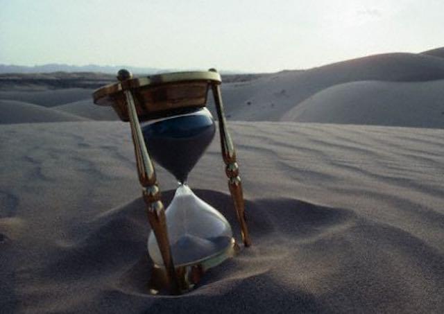 La clessidra la sabbia la rabbia forse for Costo di finestre a clessidra