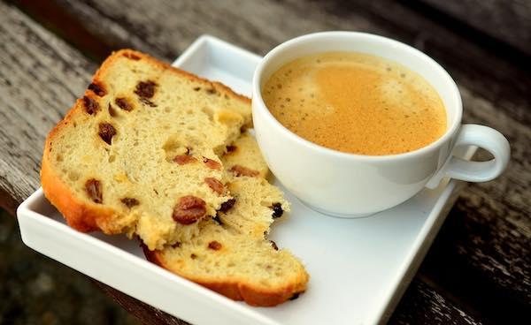 """Se la pratica del """"Caffè Sospeso"""" diventa forma di accoglienza turistica"""