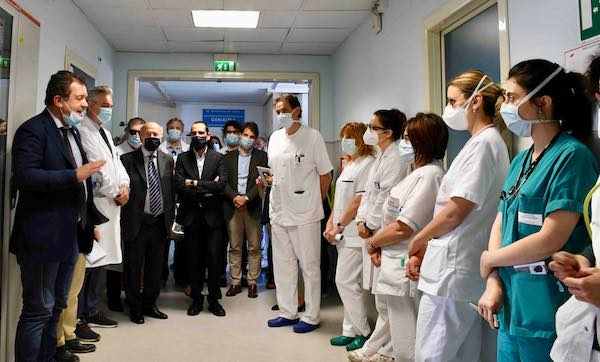"""Coletto in visita al Santa Maria. """"L'Ospedale riparte forte delle professionalità mediche"""""""