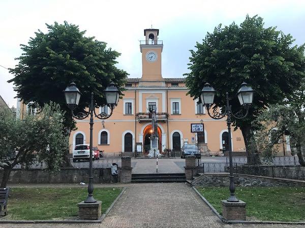 A Castel Viscardo alimentari chiusi, cittadini autorizzati a spostarsi