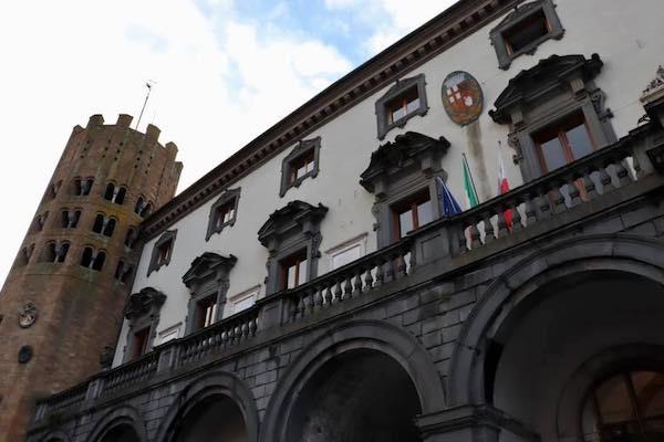 Covid-19, a Orvieto restano 45 i casi accertati. Sanzioni a un'attività commerciale