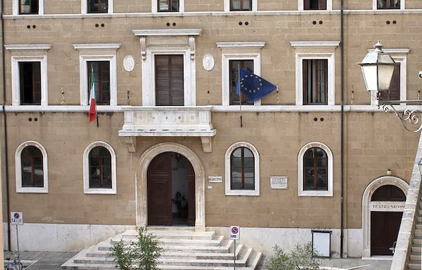 """Gentili: """"Il 2019 sarà l'anno dei lavori pubblici per Pitigliano"""""""