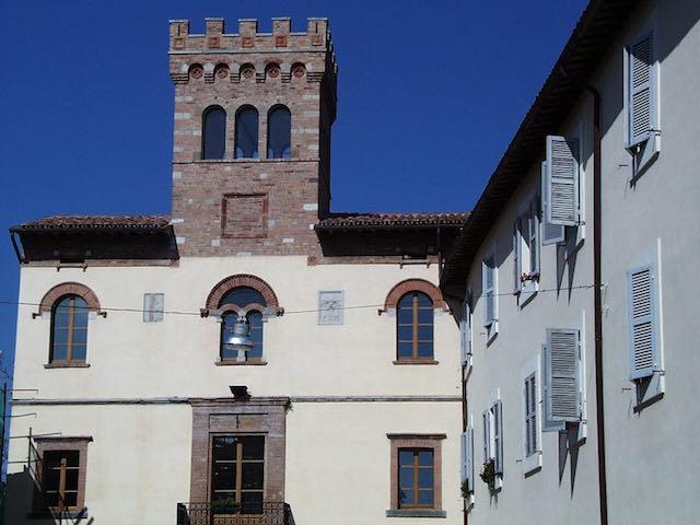 Nuova seduta del consiglio comunale. Riconoscimento all'A.s. San Venanzo