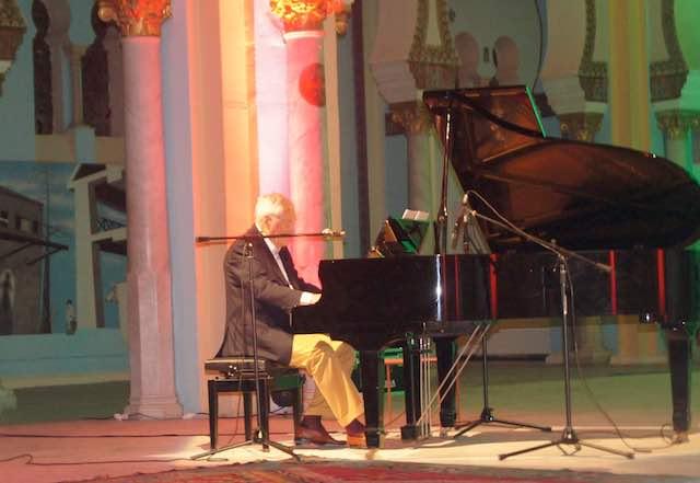 Toni Concina in concerto all'Acropoli di Cartagine per la Festa della Musica dell'Istituto Italiano di Cultura di Tunisi