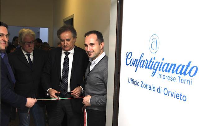 Taglio del nastro a Orvieto Scalo per il nuovo ufficio di Confartigianato Imprese