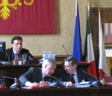 A Orvieto Consiglio comunale tumultuoso. Sugli SWAP le minoranze abbandonano l'aula