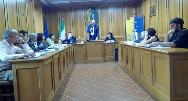 Venti punti all'ordine del giorno del Consiglio Comunale