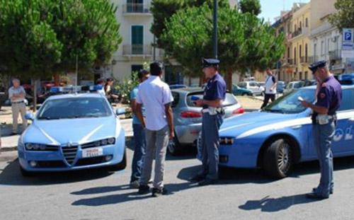 Otto denunce e tre arresti. Ponte di Pasqua intenso per la polizia