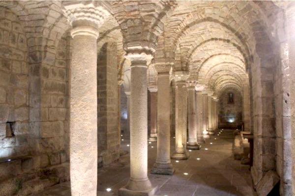 """""""Un viaggio alla scoperta delle Cripte"""". Francigena Musica all'Abbazia San Salvatore"""