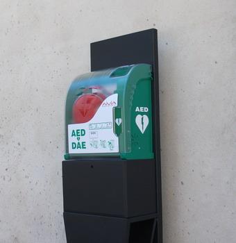 Recuperato il defibrillatore di piazza Duomo. Era stato abbandondato in località Banditella