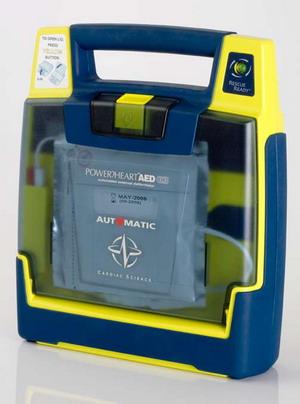 """Montegabbione diventa """"cardioprotetta"""". Donati alla Misericordia due defibrillatori"""