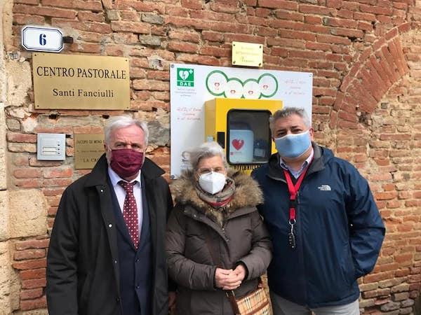 Un defibrillatore in Largo della Vittoria in memoria di Vinicio Macchioni