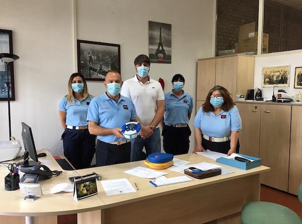 Defibrillatore e termoscanner in dotazione alla Polizia Municipale