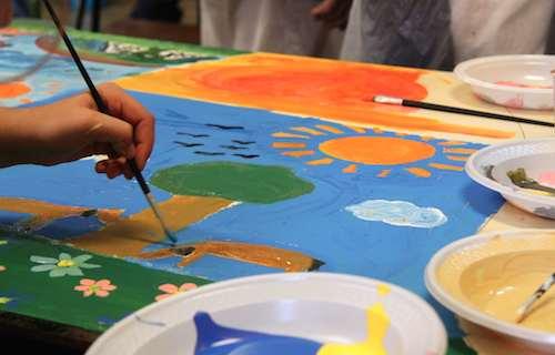 """""""Cuore di Rosa"""" fa fiorire un laboratorio di pittura per i più piccoli"""