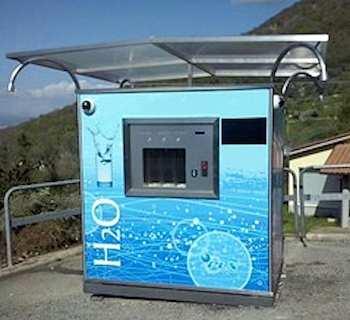 """A Baschi inaugura la """"Casa dell'acqua"""". Acqua a 5 centesimi al litro, anche refrigerata e gassata"""