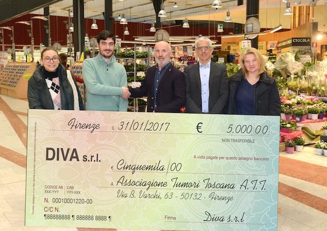 Unicoop Firenze e l'azienda Diva a fianco di A.T.T., consegnato l'assegno a favore dei malati oncologici toscani