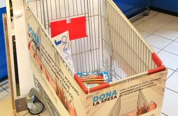 Raccolta di cancelleria per le famiglie in difficoltà nei punti vendita Coop Centro Italia