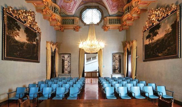 """Porte aperte a Palazzo Donini. Due giorni di visite guidate nel """"luogo del potere"""""""