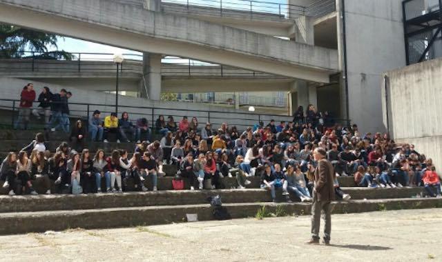 Studenti in assemblea su legalità e lotta alle mafie