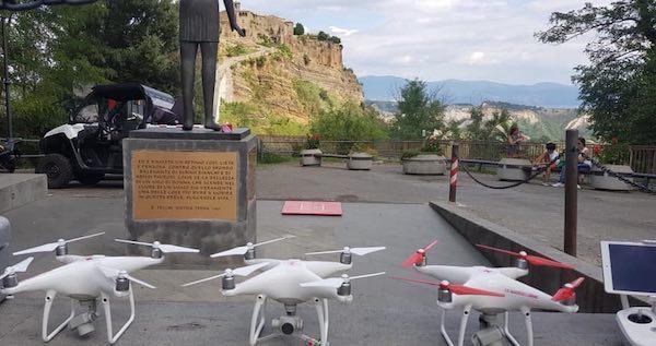 Covid-19. I droni della Croce Rossa aiutano a sorvegliare il territorio