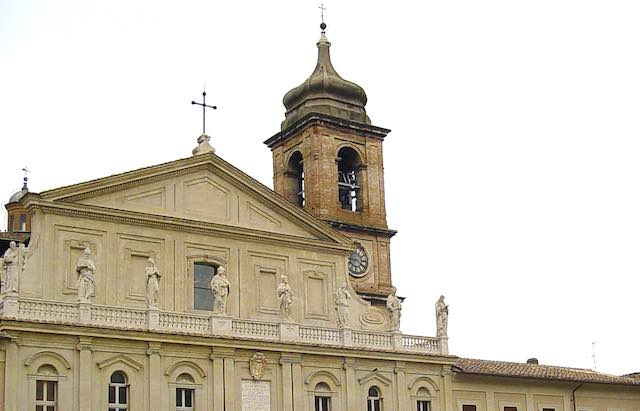 """Apertura notturna del Duomo per la """"Festa del Preziosissimo Sangue"""""""