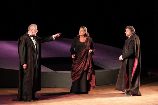 Le produzioni di ArTè, gli appuntamenti di novembre e dicembre nei teatri italiani