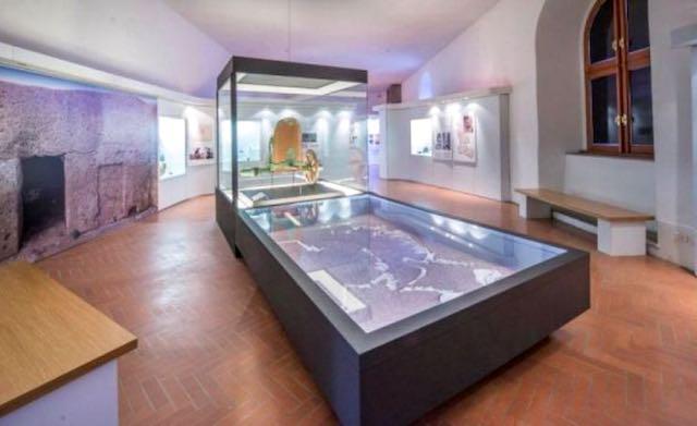 """Laboratorio su """"La scrittura nell'antichità: gli Etruschi"""" e visita al Museo Nazionale Etrusco Rocca Albornoz"""