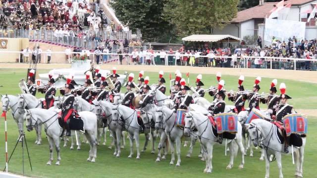 Festeggiamenti del SS. Crocifisso, arriva la Fanfara dei Carabinieri a Cavallo