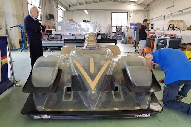 """La """"prima"""" di Michele Fattorini con la macchina nuova. A Fasano c'è anche Filippo Ferretti"""