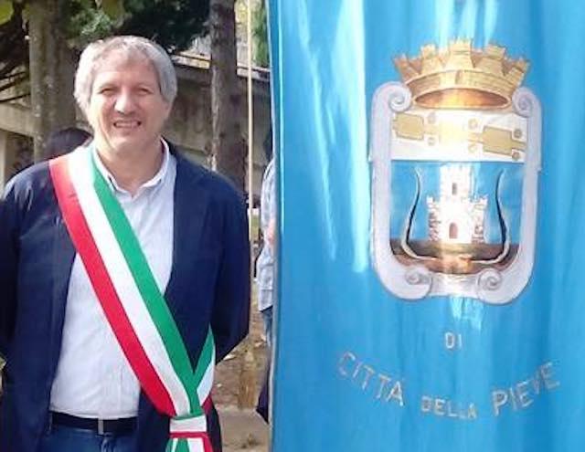 """Massima solidarietà dal sindaco di Città del Pieve Scricciolo: """"Stessa situazione"""""""