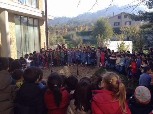 """Poesie e prodotti dell'orto didattico per la """"Festa degli Alberi"""" della scuola primaria di Sferracavallo"""