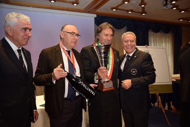 Maurizio Filippi si aggiudica il titolo di miglior sommelier d'Italia