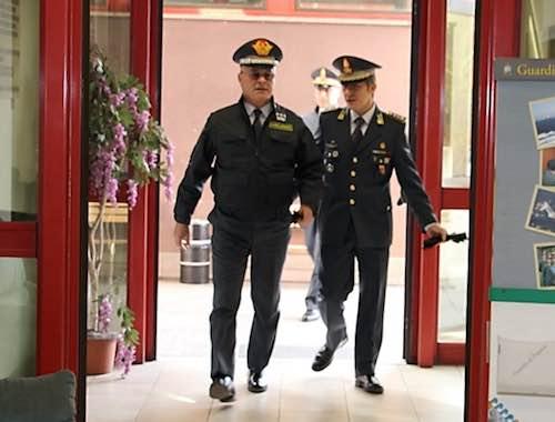 Il generale Domenico Minervini in visita alla Guardia di Finanza di Orvieto
