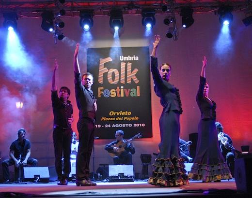 Splendido avvio per Umbria Folk Festival. In 3 mila per il benvenuto alla 4^ edizione