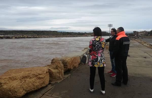 Moli compromessi alla foce del fiume Fiora, sopralluogo di Comune e Guardia Costiera