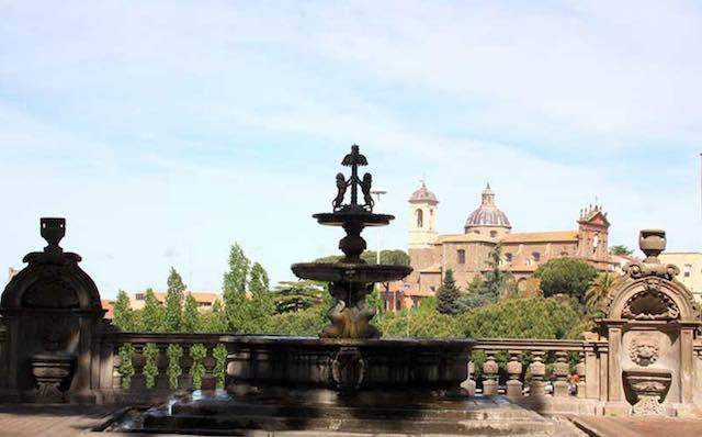 """""""Viterbo nel Medioevo"""", tra donne e fontane. """"Alla conquista del leone d'oro"""""""