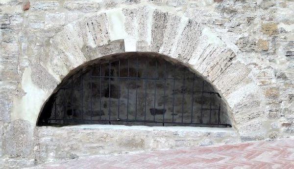 """Restaurata l'antica Fontana dei Rognosi. """"Acqua, tradizione e storia"""""""