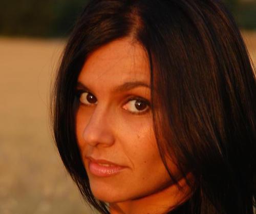 Francesca Bruni: la sua voce incanta il mondo, il cuore non scorda l'Umbria