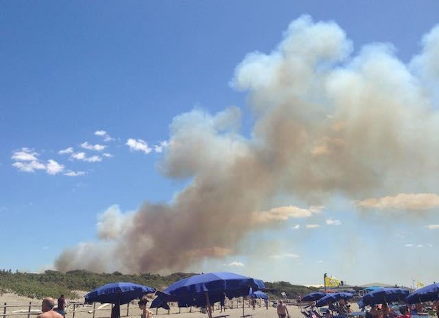 Ancora fuoco tra Umbria, Toscana e Lazio dove è stato chiesto lo stato di emergenza