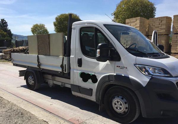La Polstrada recupera un furgone con 40 quintali di rame rubato