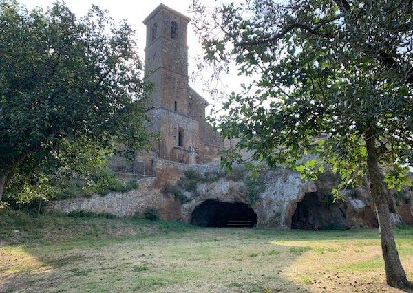 """""""Un giorno per bene"""" nel Giardino di San Giovenale e nella Chiesa di San Bernardo"""