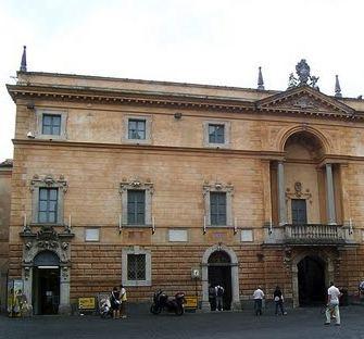 Sfratto senza preavviso per Speleotecnica e per la Carta Unica Orvieto. Il punto di Piazza Duomo torna allo IAT