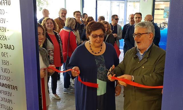 """Inaugurata la nuova sede della Cgil in zona Maratta. """"I nostri servizi in mezzo a chi lavora"""""""
